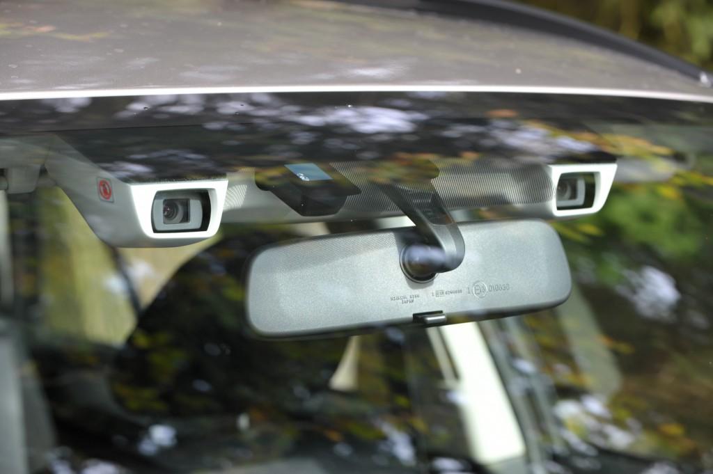 2015Outback EyeSight camera