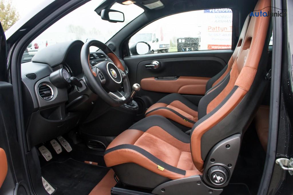 Abarth 595 competizione interior