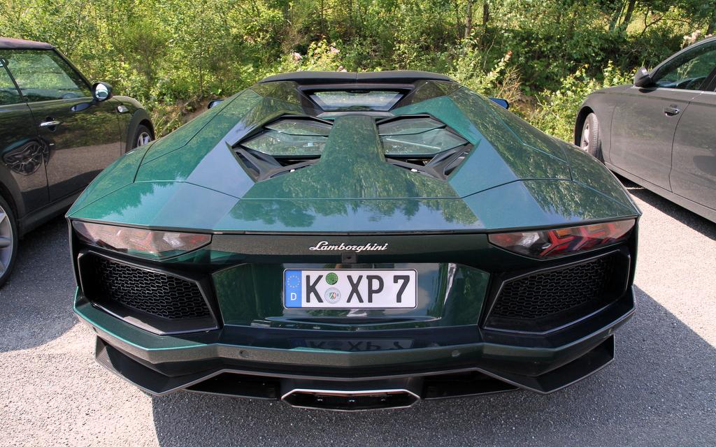 Aventador Green