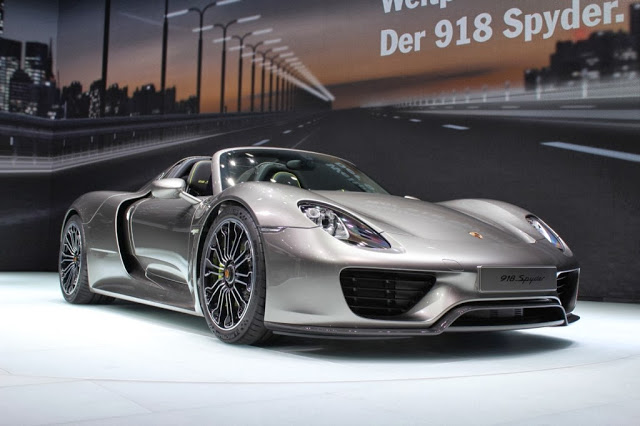 918 pers