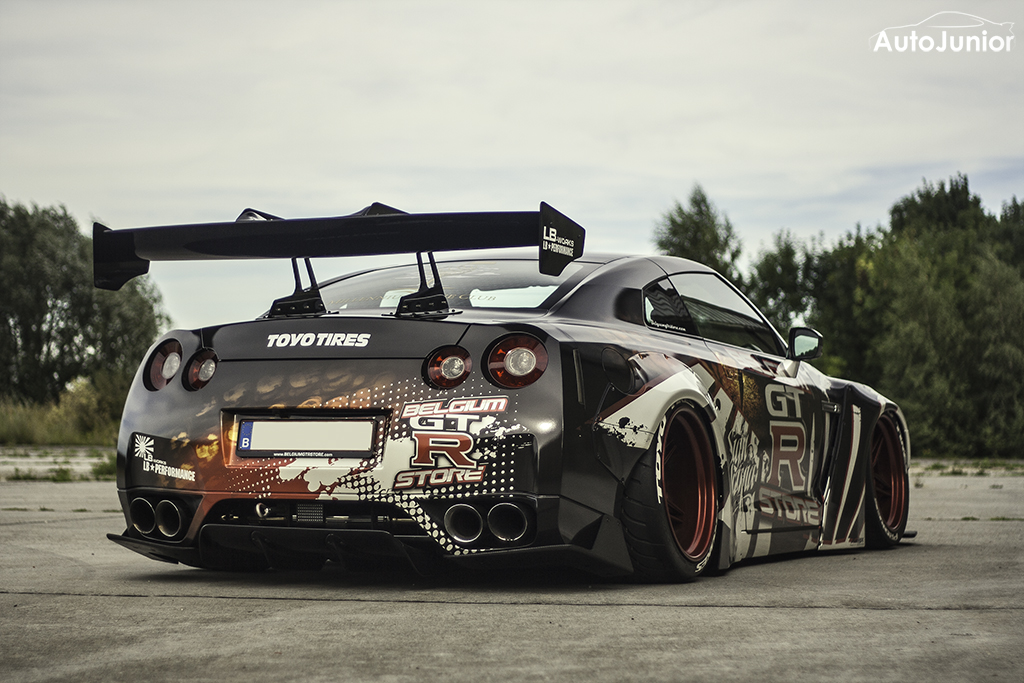 Nissan GT-R Liberty Walk LB Performance
