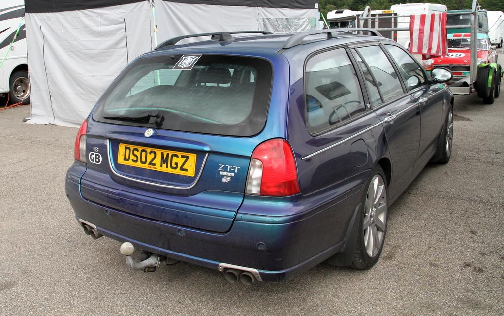 MG ZT V8