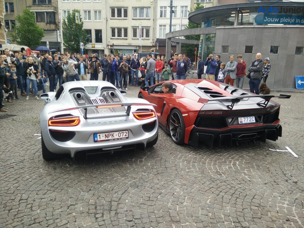 Heel wat supercars op Cars&Coffee Kortrijk 2016