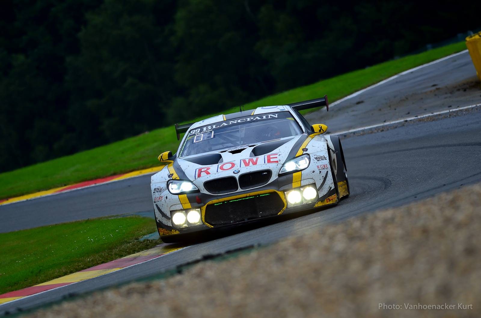 BMW 6 Rowe Racing