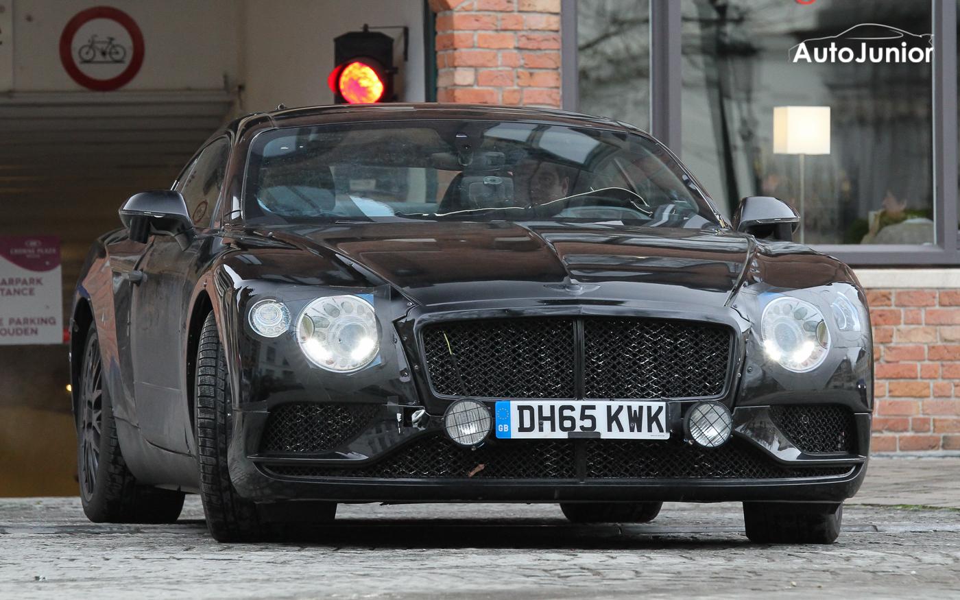 Gespot: Prototype nieuwe Bentley Continental GT in hartje Brugge