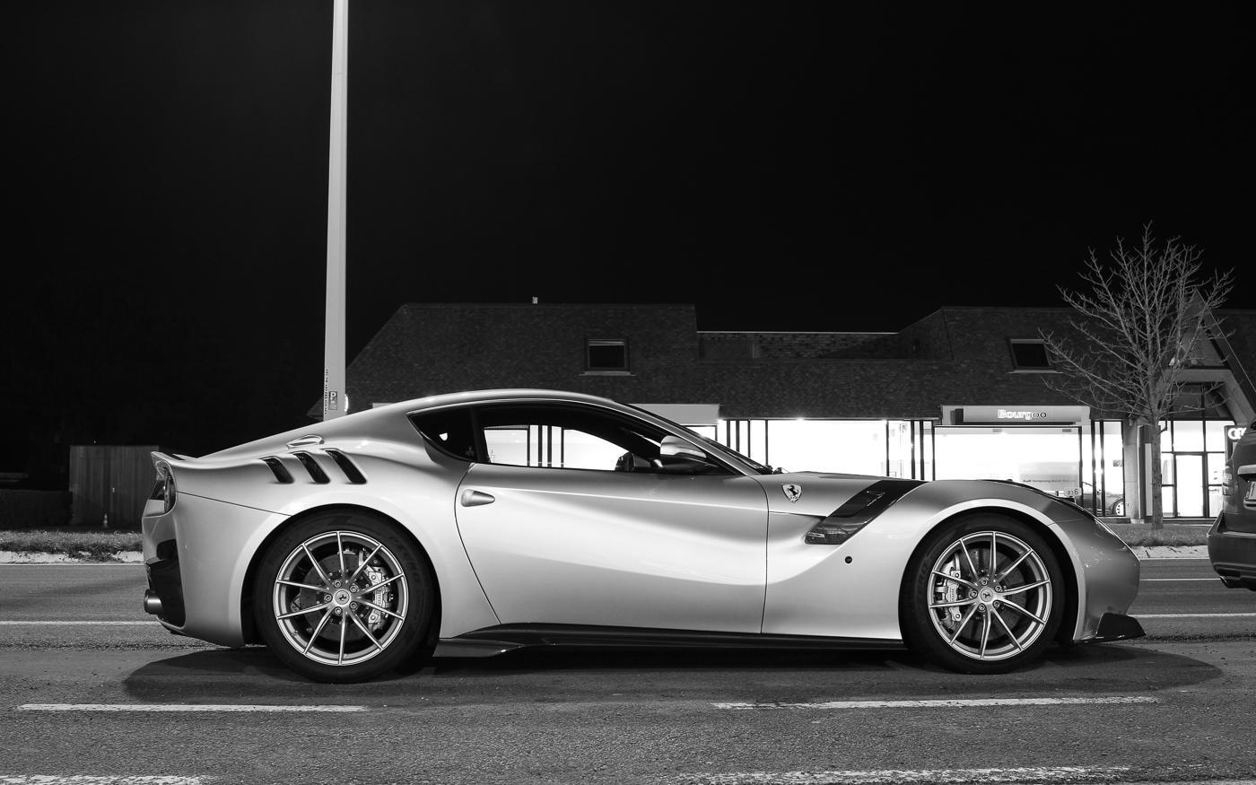 Gespot: Ferrari F12tdf