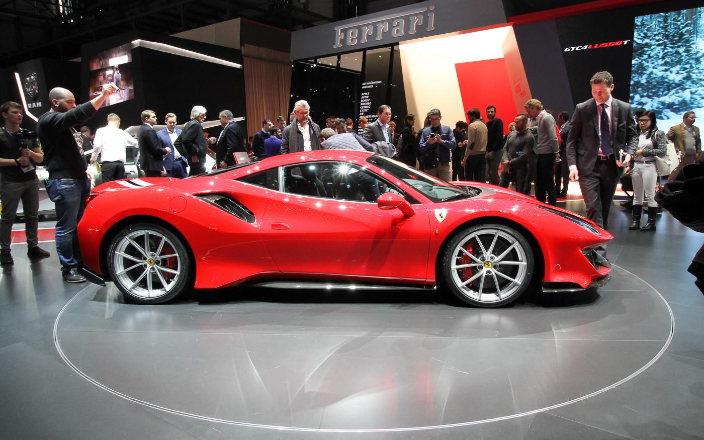 Autosalon Genève: Ferrari 488 Pista is een 'Speciale' 488 GTB