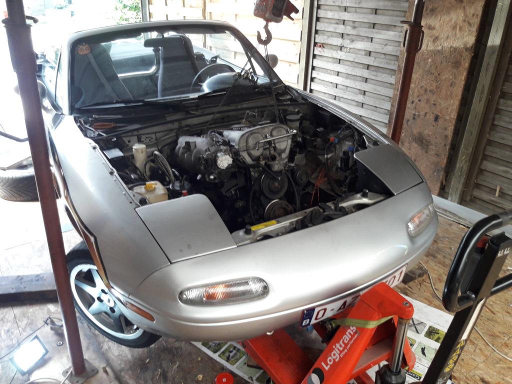 Mazda MX-5 NA Miata, Engine removal